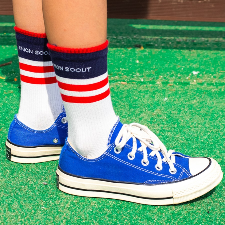 캐리마켓 -  Band Stripes Socks - Navy/Red